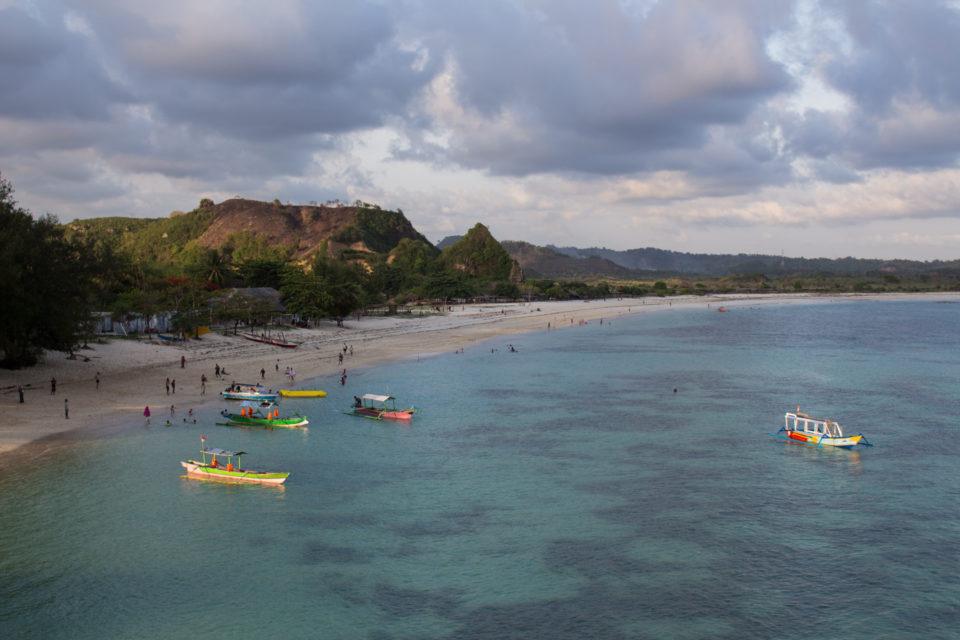 Travellers Insight Reiseblog Lombok Tanjung Aan Beach