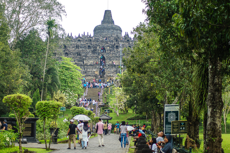Travellers Insight Reiseblog Indonesien Java Borobodur Tempel
