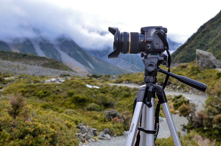Travellers Insight Reiseblog Packliste Weltreise Kamerastativ AmazonBasics