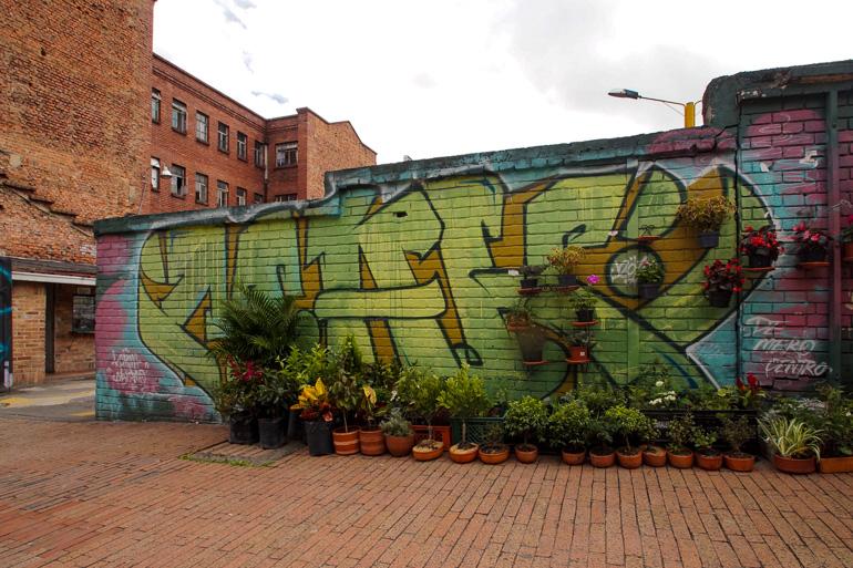 Travellers Insight Reiseblog Kolumbien Bogotá Graffiti