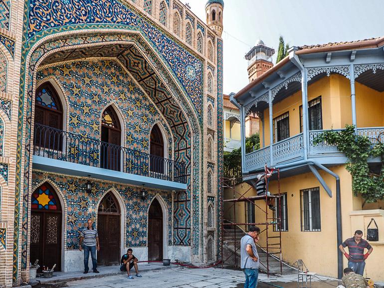 Travellers Insight Reiseblog Tbilissi Bäderviertel Abanotubani