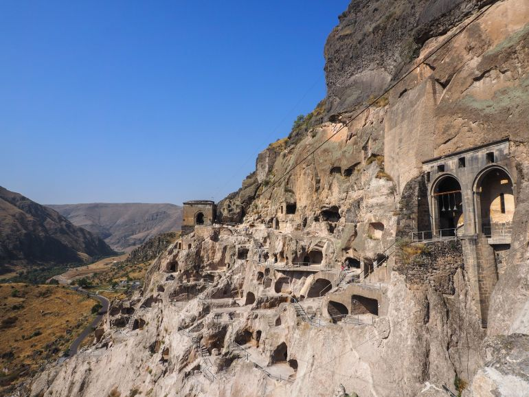 Travellers Insight Reiseblog Rundreise Georgien Vardzia
