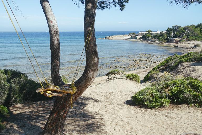 TraveTravellers Insight Reiseblog Wandern auf Mallorca Blick auf das Meer