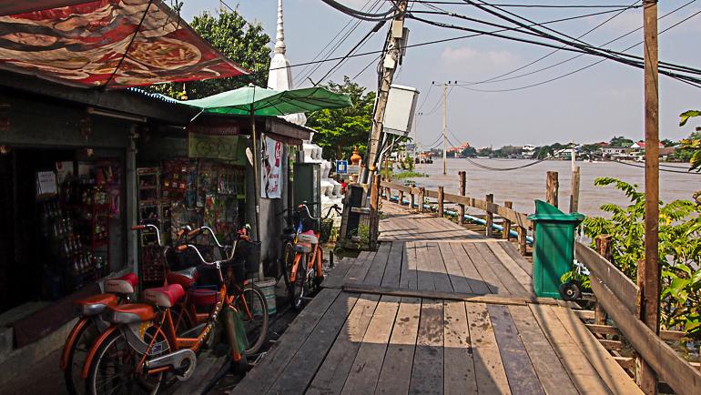 Travellers Insight Reiseblog Bangkok Geheimtipps Aussicht Chao Phraya Fluss
